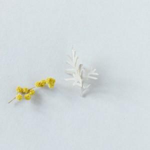 Makiami PLANTS brooch
