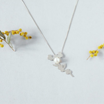 Makiami PLANTS necklace with pearl