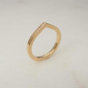 Handmade 18K gold wedding / engagement ring, Drop shaped ring with diamonds by Maki Okamoto