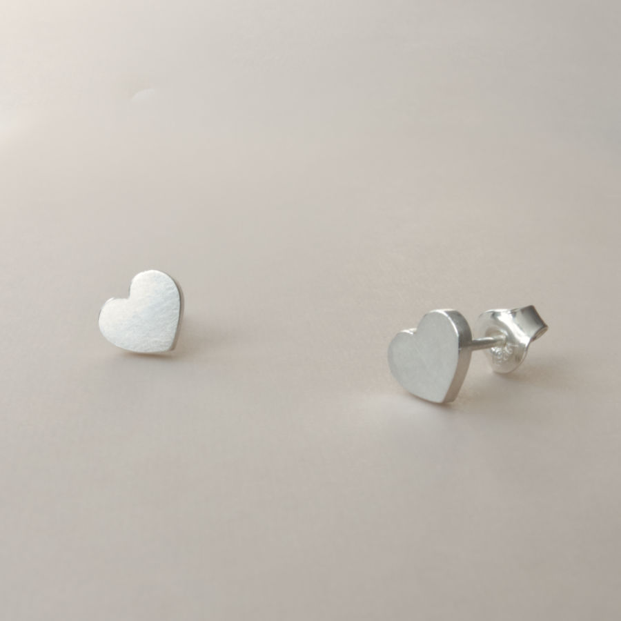 Handcrafted sustainable jewellery in heart shape.