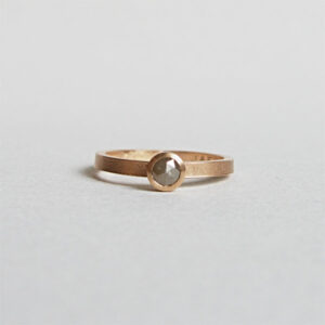 Handmade 18K gold wedding / engagement ring, Drop shaped ring with a rose cut diamond by Maki Okamoto