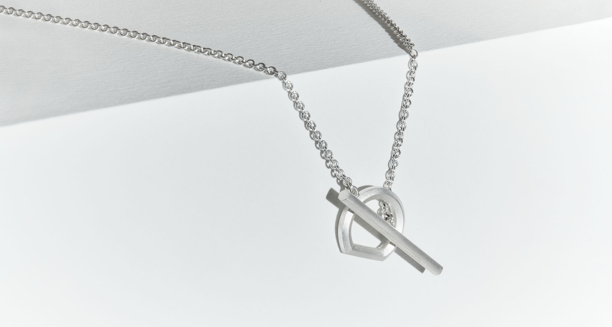 Handcrafted silver necklace from Arch collection by Makiami