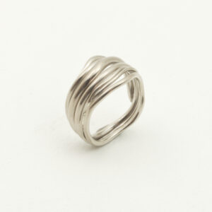 Custom made sustainable wedding ring made in Stockholm.