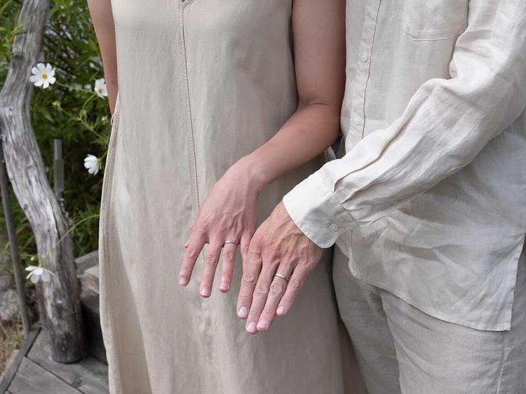 Handmade sustainable wedding rings made by Maki Okamoto in her studio in Stockholm.